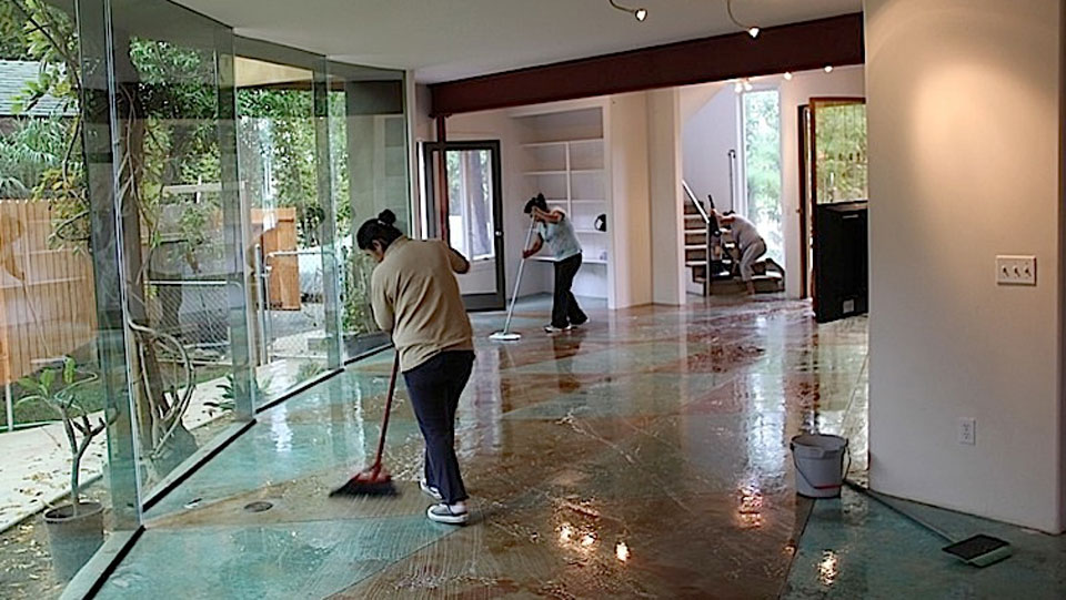 MariMaids-green-house-cleaning